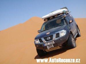 Nissan Pathfinder 2,5 SE