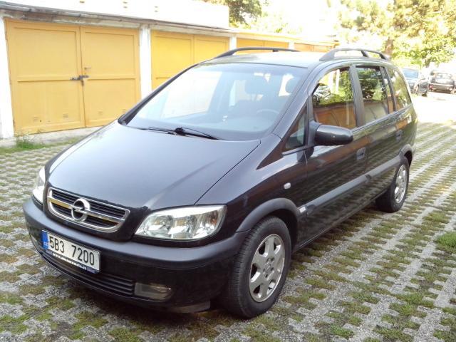 Opel Zafira 1.8 Sport