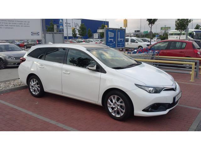Toyota Auris 1.6